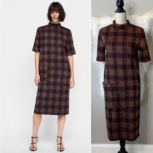 Zara • Plaid midi dress with pockets